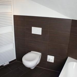 Verstopte afvoer in de badkamer